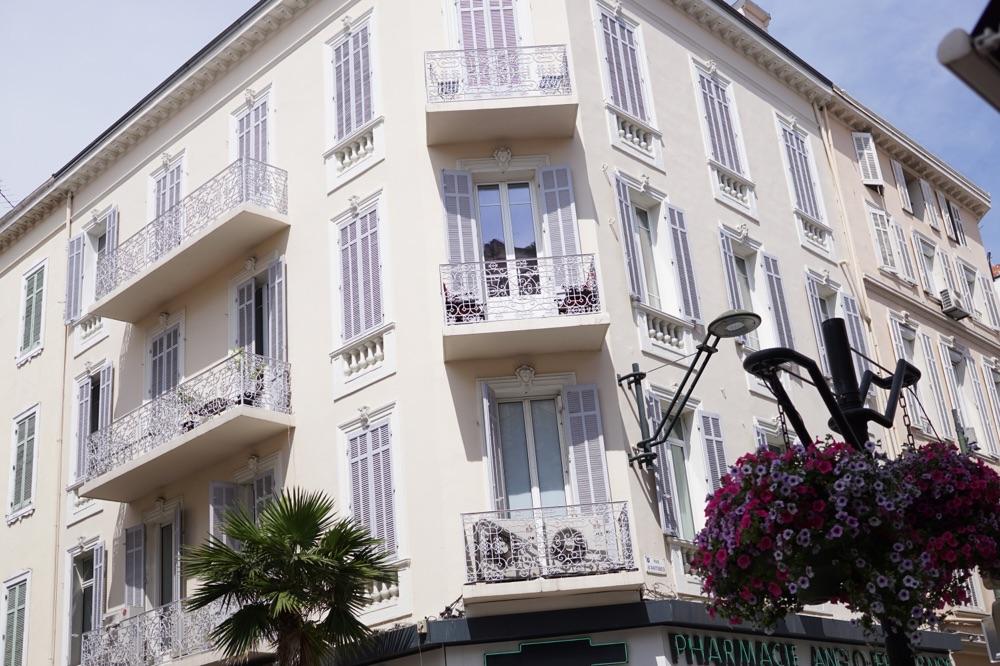 Cannes Building