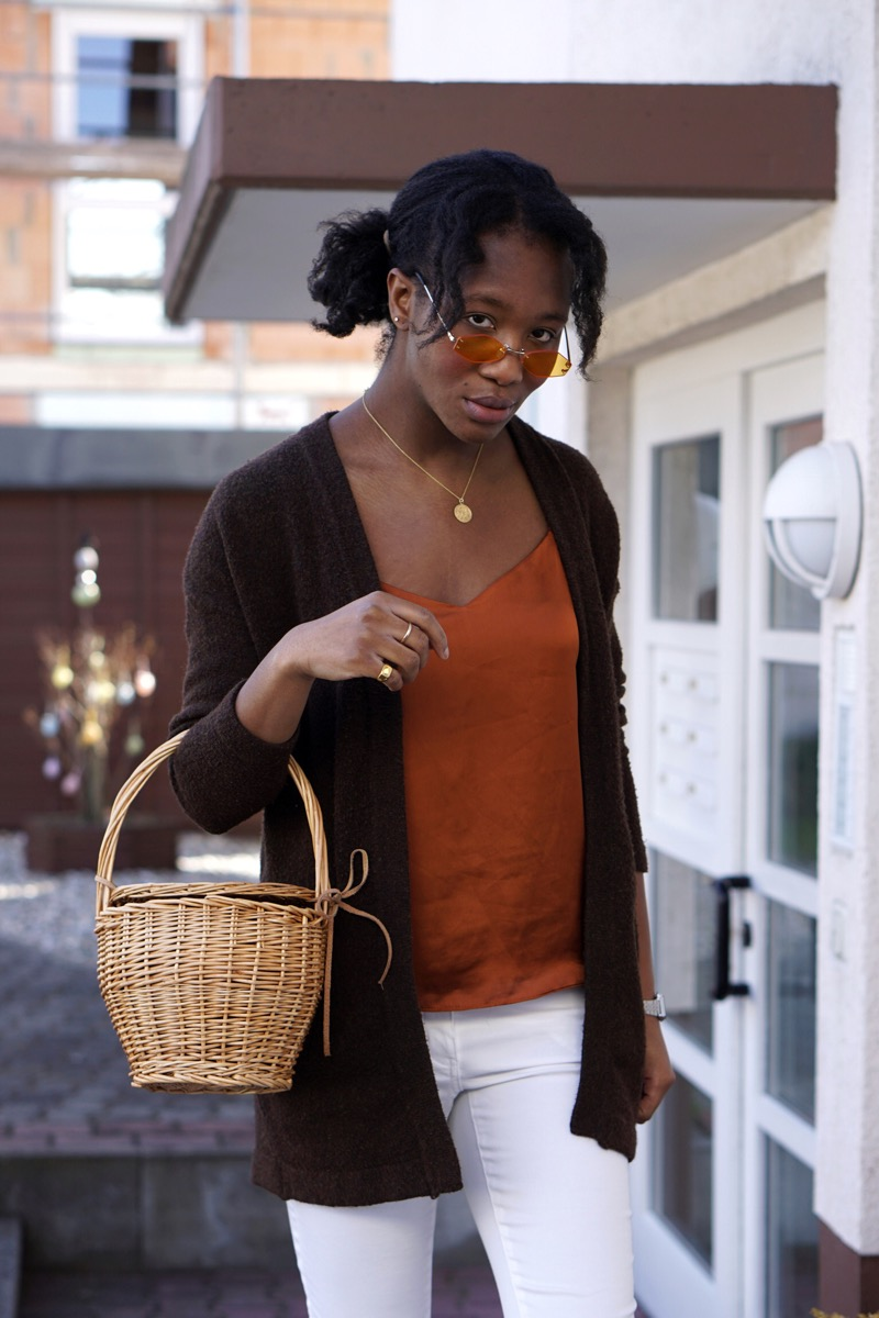 About Jey Straw Basket bag